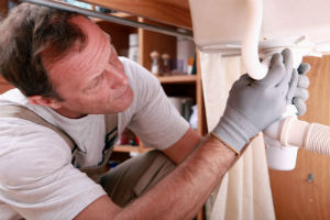 plumber searching for a leak in Simi Valley, CA